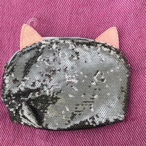 Bags - Nwt 🐱 CAT makeup bag silver pink sequin